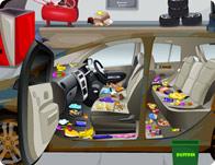 تنظيف سيارة المدير
